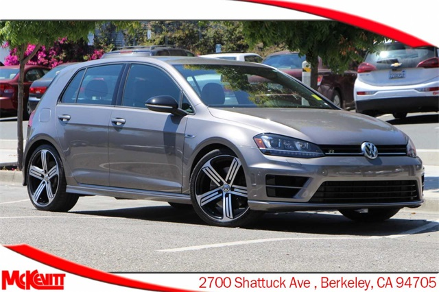 Pre-Owned 2016 Volkswagen Golf R DCC & Navigation 4Motion